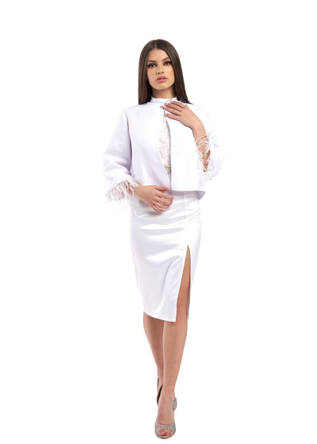 sacou modalaselva alb scurt stofa produs in Romania